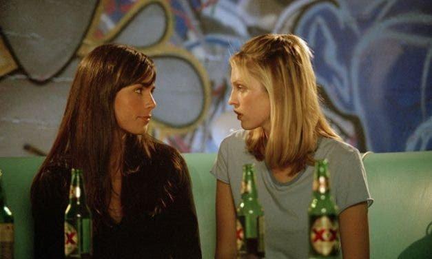 D.E.B.S: una película lésbica que puedes ver con el único fin de divertirte