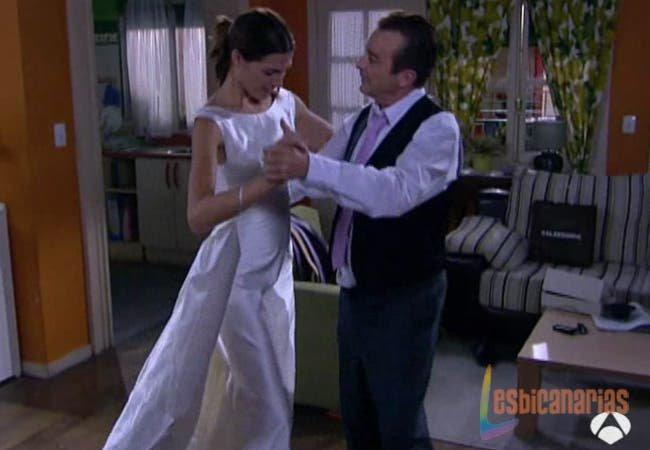 Don lorenzo y Pepa bailando