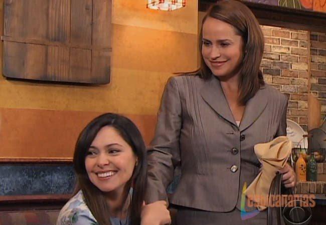 Olivia y Natalia contentas