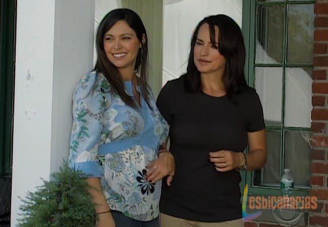 Olivia y Natalia sonrientes