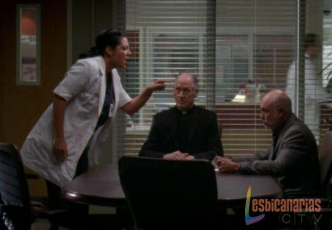 Callie gritándole a su padre