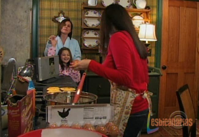Emma, Natalia y Olivia bailando