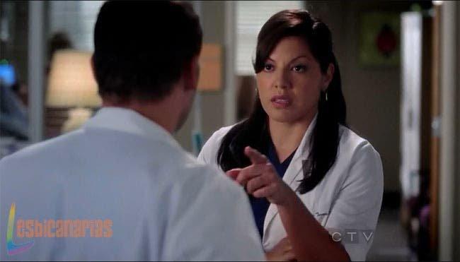 Callie hablando con Alex