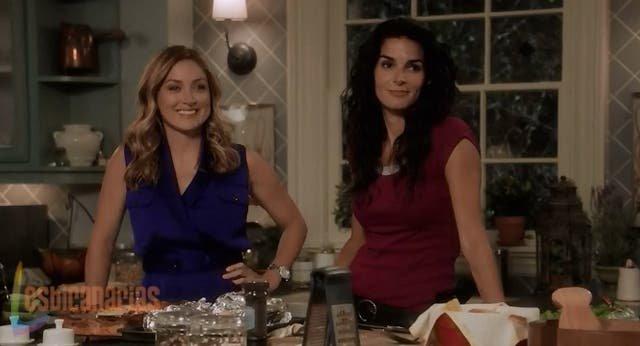 Maura y Jane preparando la cena