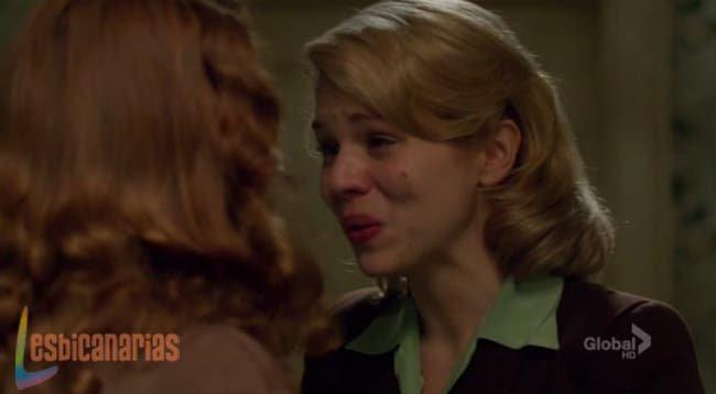 Betty le dice a Kate que la ama