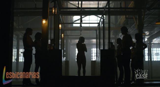 Bienvenida de Bo en la cárcel