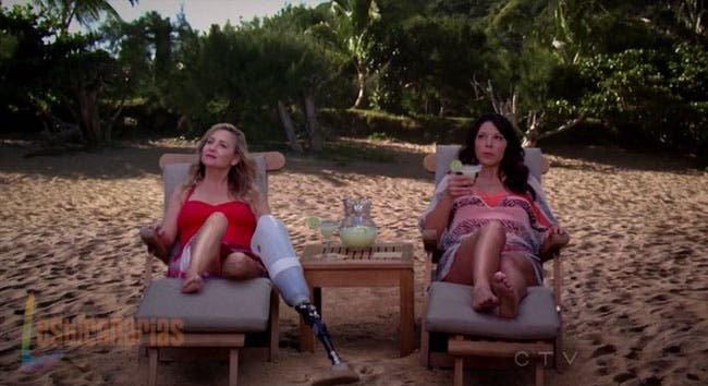 Callie y Arizona en la playa