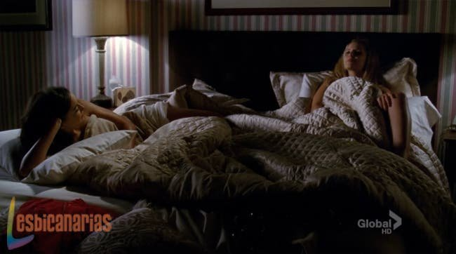 Santana y Quinn en la cama