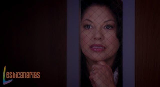 Callie hablando con Bailey