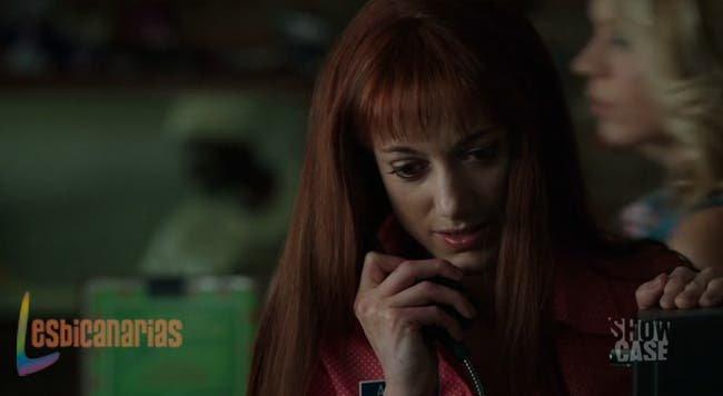 Lauren llamando a Dyson