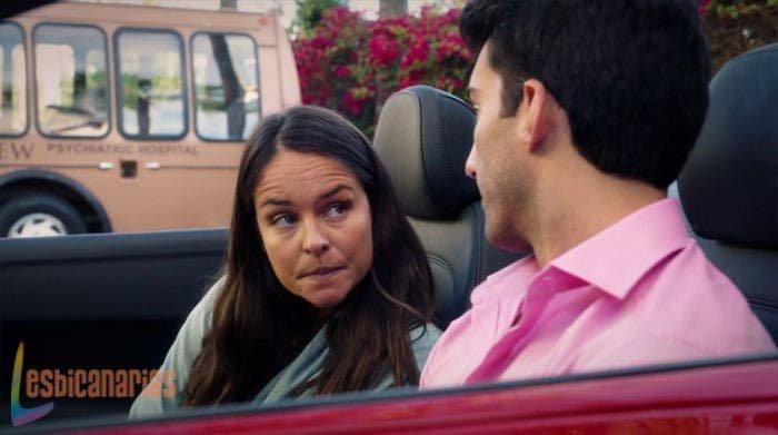 Luisa se entera de que Rose es sin Rostro