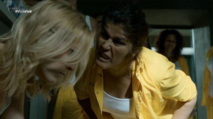 Antonia-ataca-a-Maca