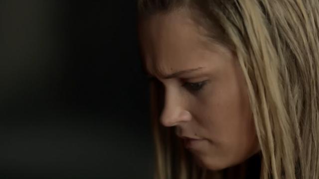 """""""Clarke y Lexa sólo somos amigas, Titus. Deverdadtelojuro, por eso estoy tan preocupada"""""""