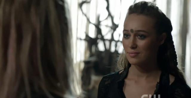 Imaginad Lexa sonriendo a Clarke todos los días de su vida. DEJADME
