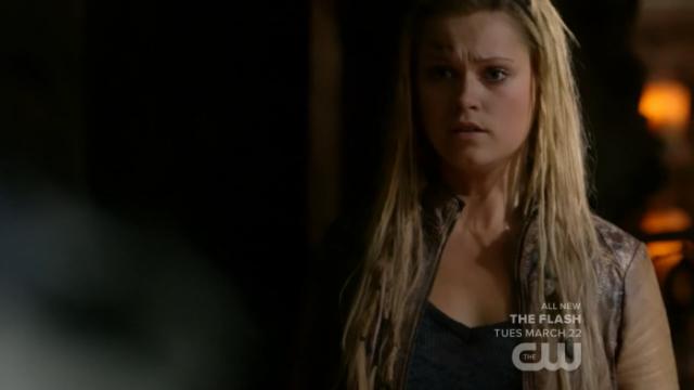 Te quiero mucho, Clarke. Jason tampoco te merece
