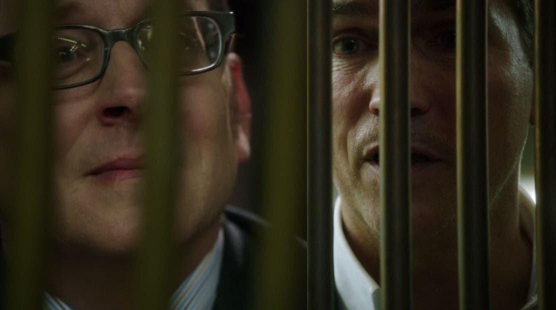 Finch y John despidiéndose