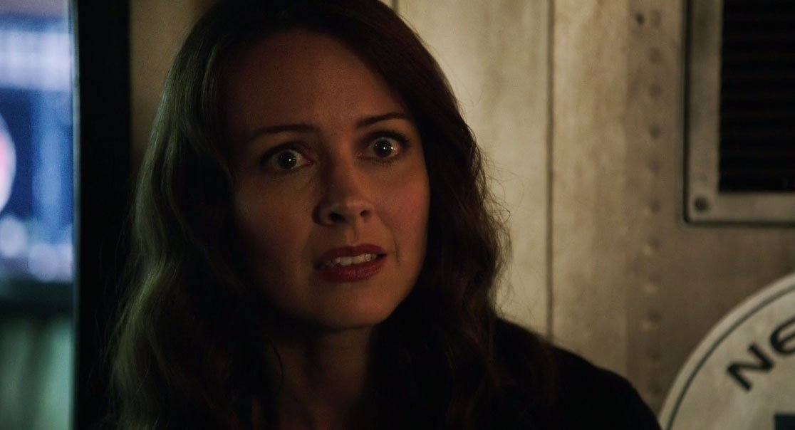 Root intenta explicarle a Harold