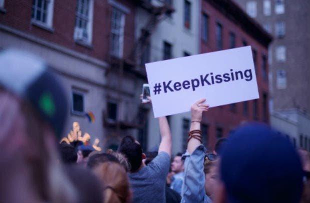 El lado más brillante del Orgullo LGBT+ resalta ante la tragedia en Orlando