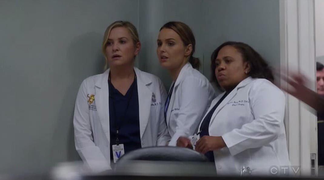 Arizona, Jo y Bailey asustadas