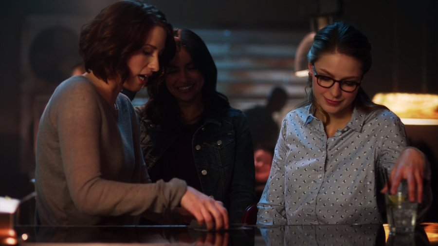 Supergirl resumen de episodio 2×11 – The Martian Chronicles