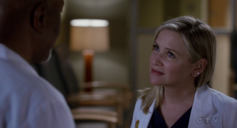 Arizona hablando con Richard