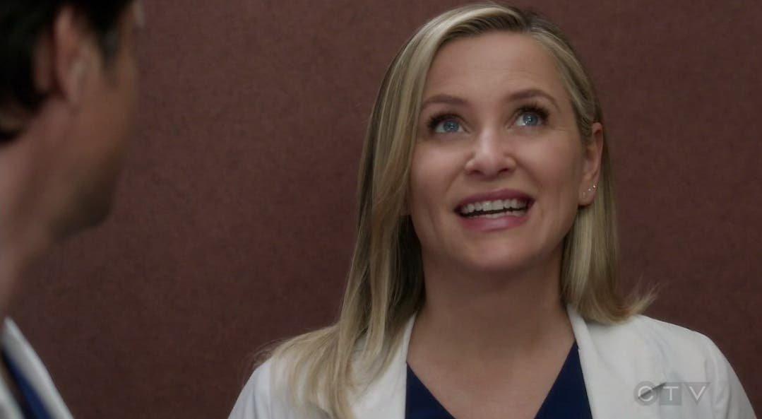 Arizona y Eliza resumen de episodios 13×19 Anatomía de Grey