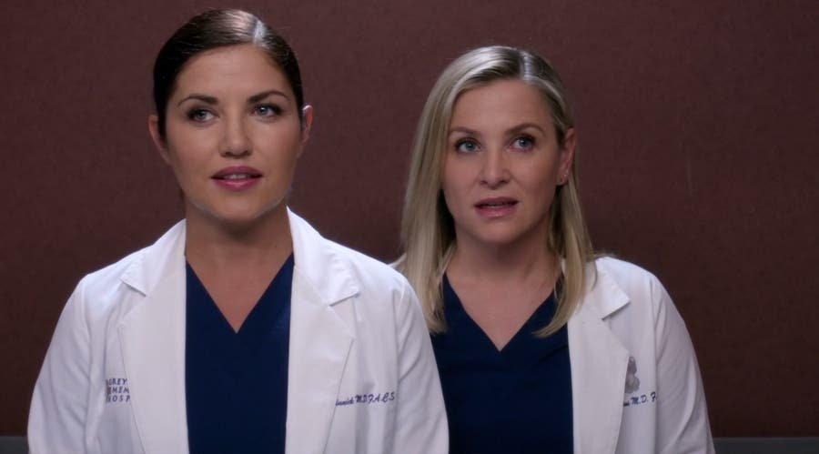 Arizona y Eliza resumen de episodio 13×22 Anatomía de Grey