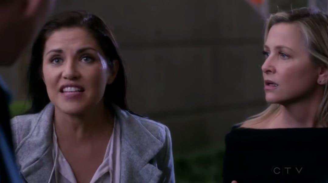 Arizona y Eliza reaccionan a la explosión