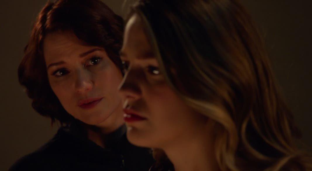 Alex preocupada por Kara