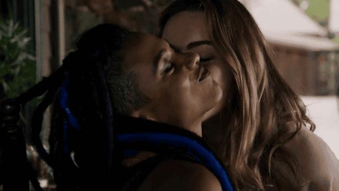 Sense8: Resumen de episodio 2×07 – Nomi y Amanita