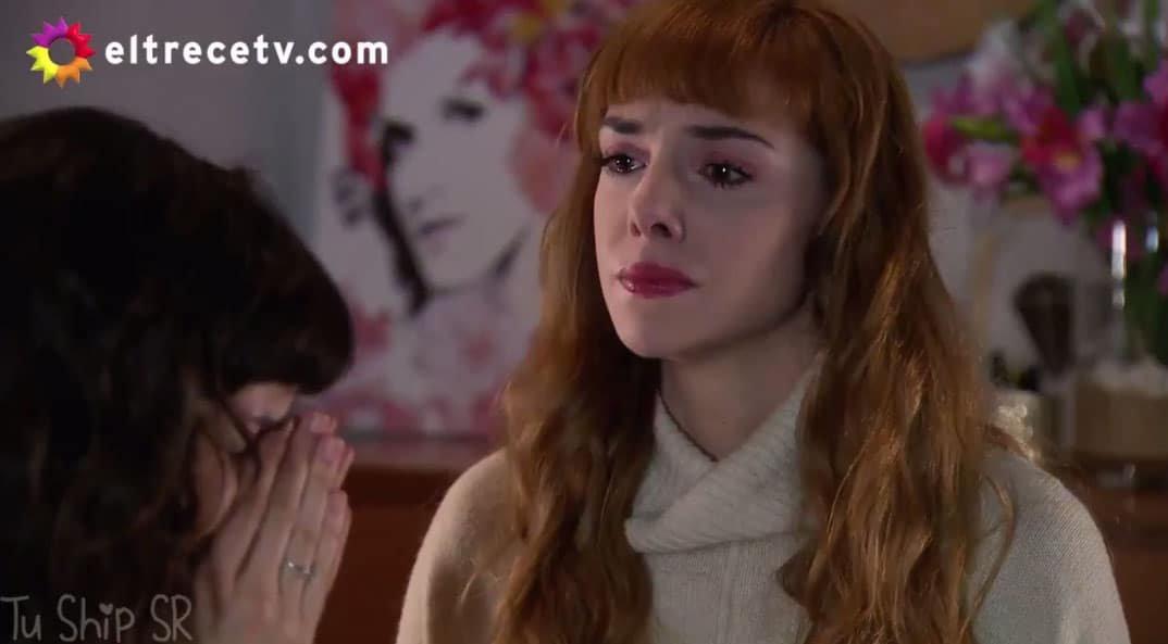 Flor y Jazmín llorando