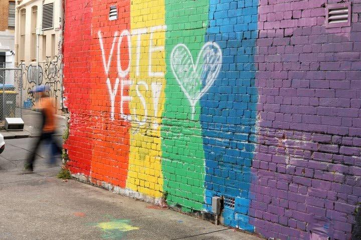 Australia le dice sí al matrimonio igualitario