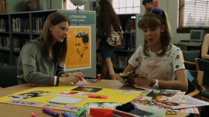 Resumen de Everything Sucks 1×03 – Kate y Emaline