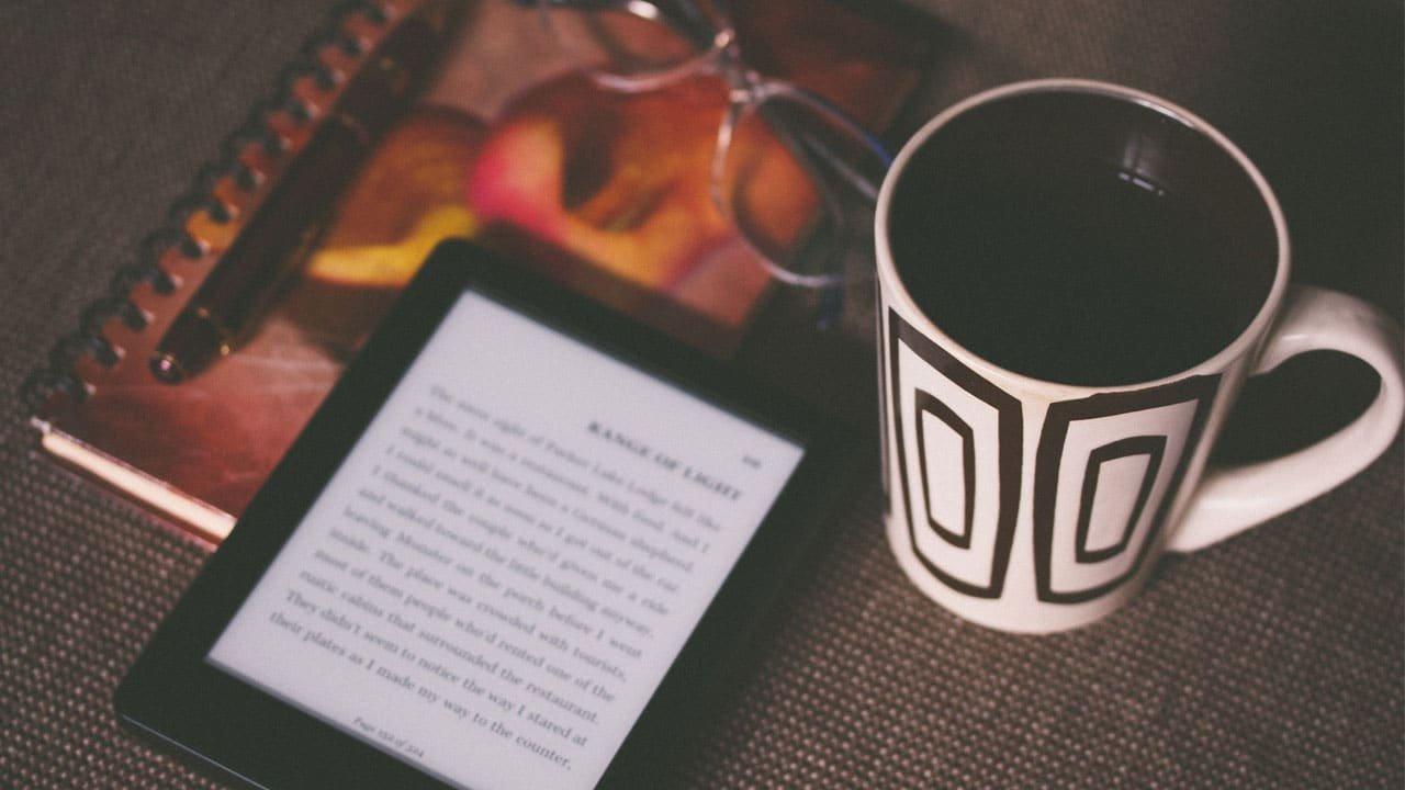 Como leer libros lésbicos gratis y ayudar a sus autoras en el proceso