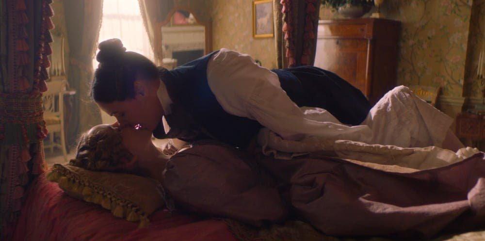 Anne Walker y Anne Lister haciendo el amor