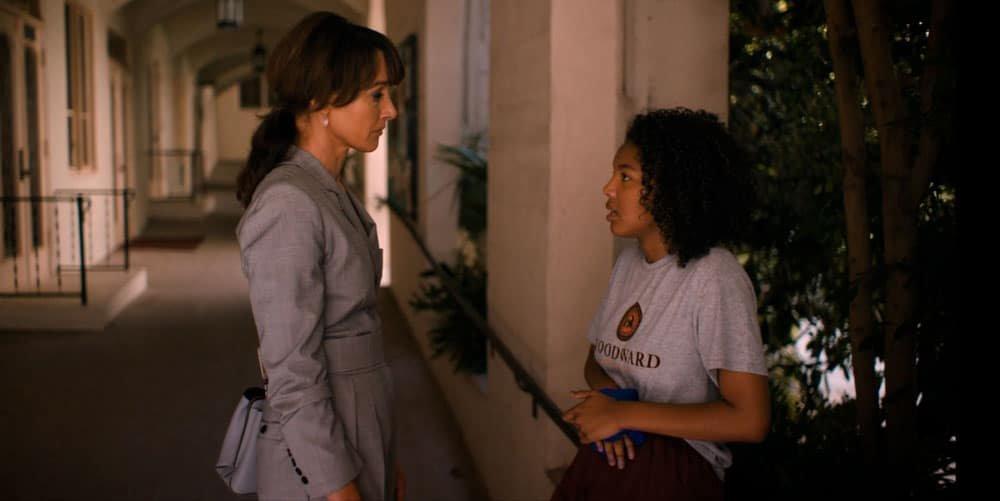Bette y Angie hablando