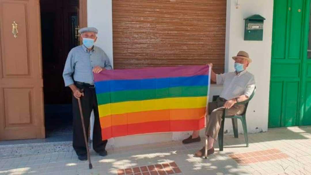 Villanueva de Algaidas salió del armario en peso para combatir a tres homófobos