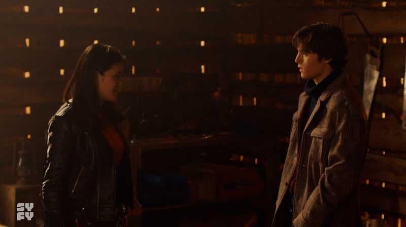 Rachel y Billy hablando