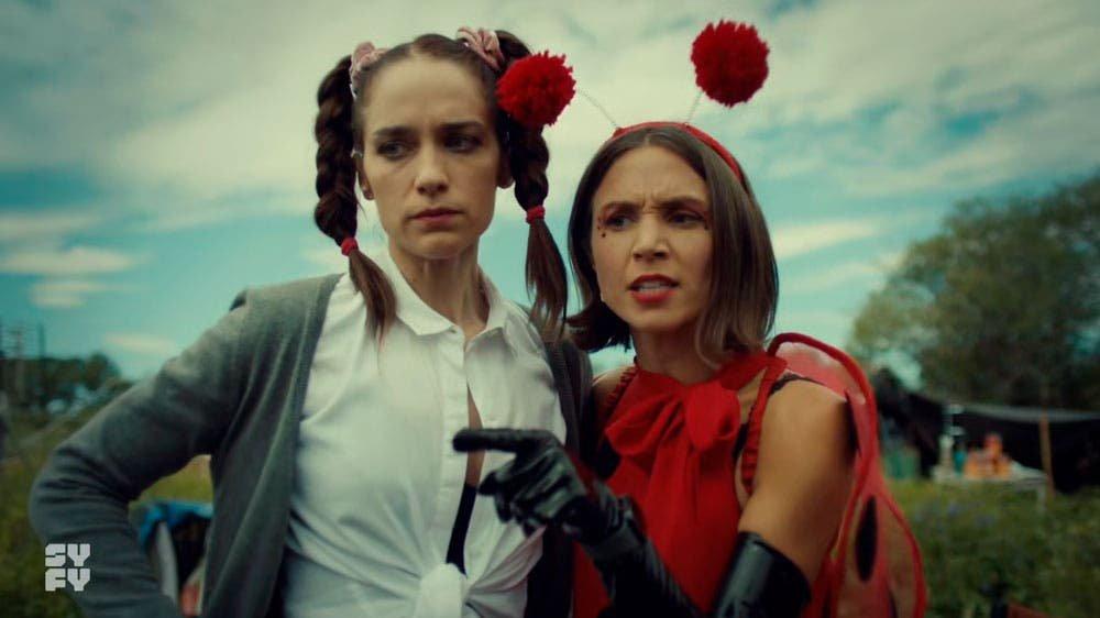 Waverly y Wynonna disfrazadas