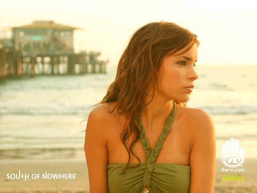 Ashley Davies en South Of Nowhere