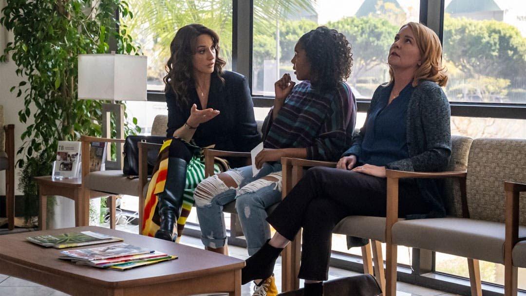 Bette, Angie y Tina en terapia