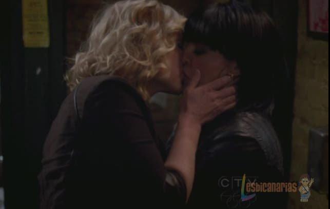Callie y Arizona primer beso