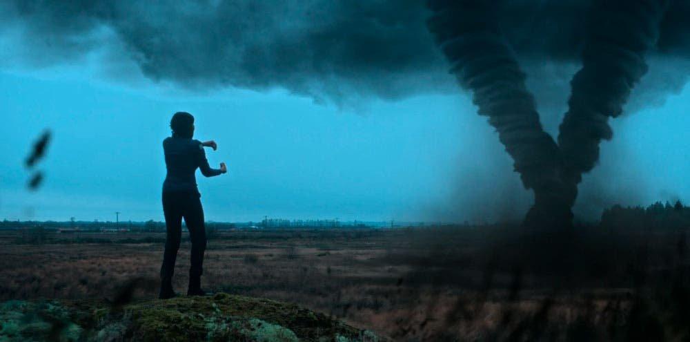Abigail invocando tornados