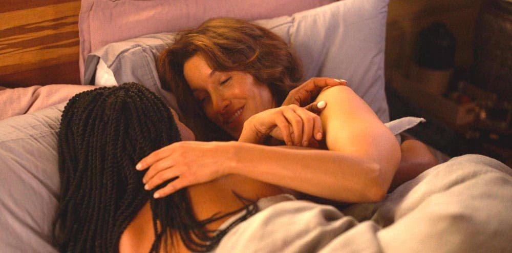Bette y Pippa en la cama